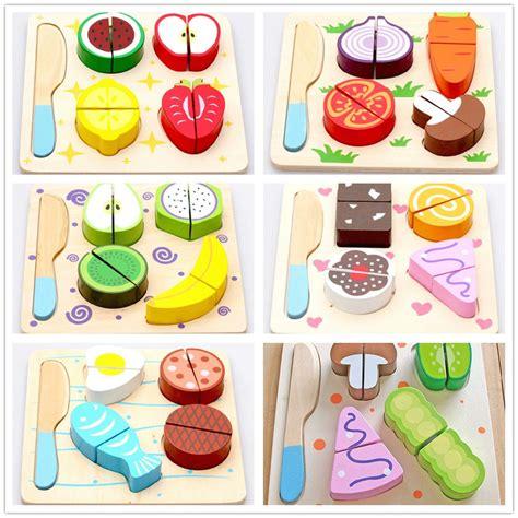 accessoires cuisine enfants en bois dessert fruits légumes aliments de coupe de