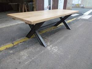 Table Industrielle Bois : table industrielle pieds x en fer et plateau ch ne rallonges robin sicle ~ Teatrodelosmanantiales.com Idées de Décoration
