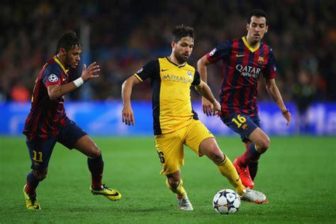 Diego, Sergio Busquets, Neymar - Neymar Photos - FC ...