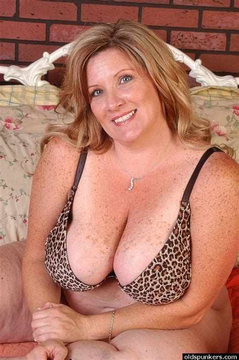 Bbw Mature Amateur Blonde