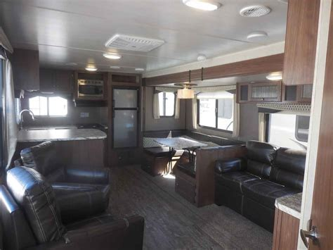 2018 New Heartland Trail Runner 27RKS Travel Trailer in