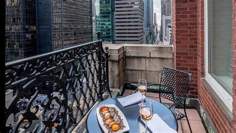 york hotel room  balcony omni berkshire place