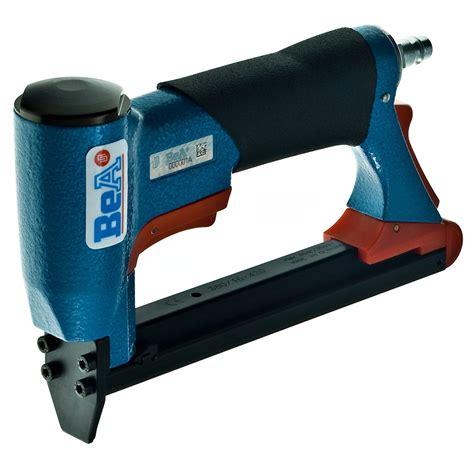 Staple Gun For Furniture Upholstery by Bea 71 16 Upholstery Staple Gun