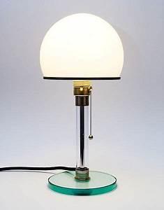 Lampen Klassiker Bauhaus : die besten 25 wagenfeld lampe ideen auf pinterest bauhaus lampen bauhaus m bel und ber hmte ~ Markanthonyermac.com Haus und Dekorationen