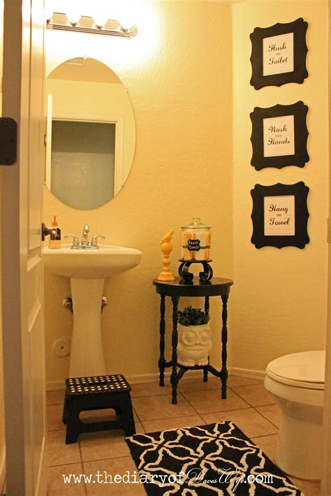 small guest bathroom decorating ideas bathroom accents wall and decor for small bathrooms