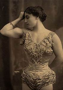 Fantastic Vintage Photos Of Beautiful Muscular Women In The Early 1900s