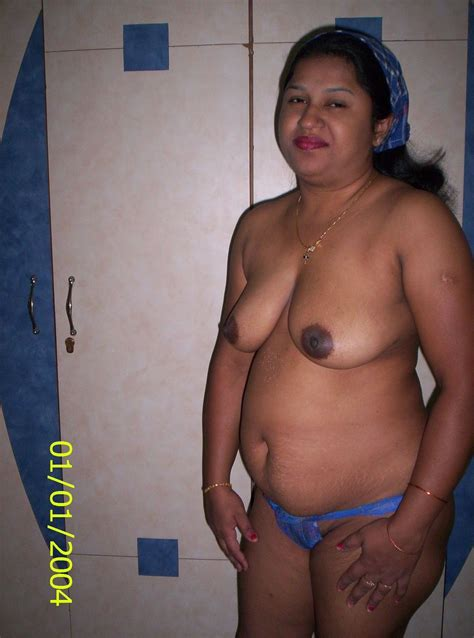 Chubby Indian Mature Desi Wife