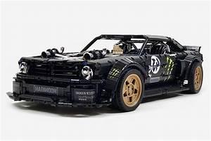 LEGO Technic Ford Mustang Hoonicorn | HiConsumption