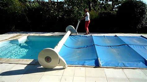 toile de piscine creusee enrouleur couverture piscine ouverture