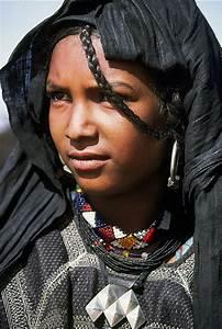 TRIP DOWN MEMORY LANE: TUAREG PEOPLE: AFRICA`S BLUE PEOPLE ...