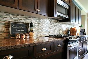 12 unique kitchen backsplash designs for Kitchen cabinet trends 2018 combined with decollage papier peint