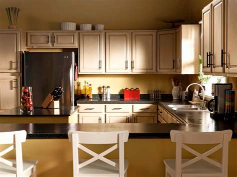 How to Paint Laminate Kitchen Countertops   DIY