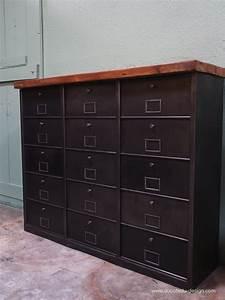 Mobilier Industriel Ancien : ancien meuble console 15 casiers industriel a clapet bauche 1950 ~ Teatrodelosmanantiales.com Idées de Décoration