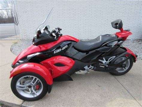 Page 29209, 2009 Can-am Spyder Roadster Sm5 Sport Touring