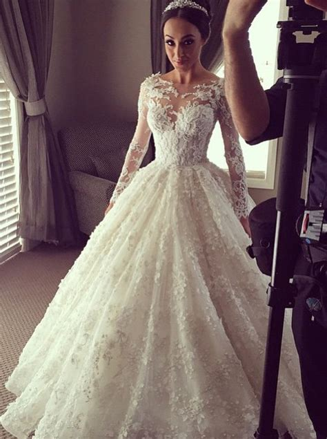Elegant Ball Gown Lace Long Wedding Dress With Long