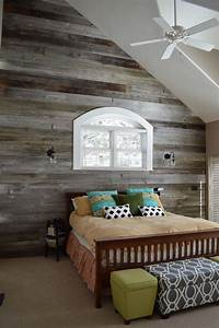 25 awesome bedrooms with reclaimed wood walls With barn wood rooms