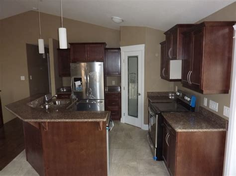 laminating kitchen cabinets kitchen cabinets and 2 bathrooms with quartz countertops 3643