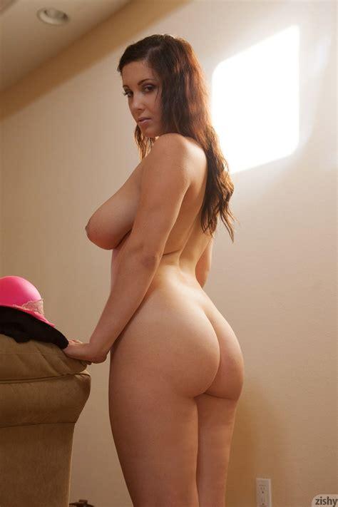 Noelle Easton Angel Curves Zishy