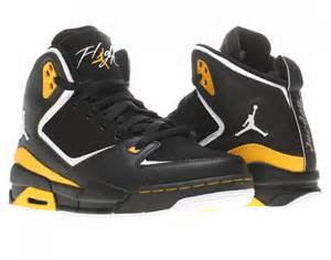 Boys Nike Air Jordan Basketball Shoes