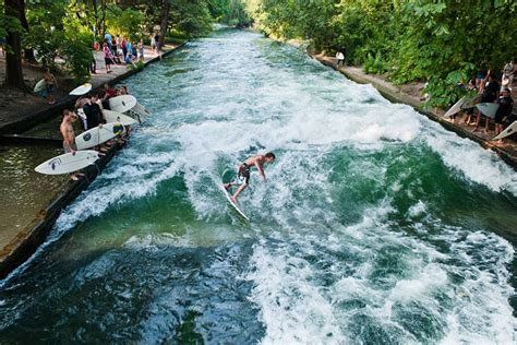 Englischen Garten Surfen by City Surfing For Dwellers