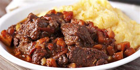 cuisiner le sanglier daube de sanglier à l 39 ancienne recettes femme actuelle