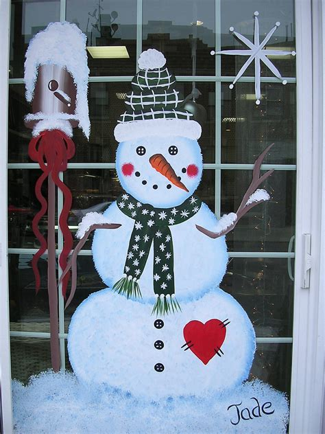 fascinating christmas windows decorating ideas