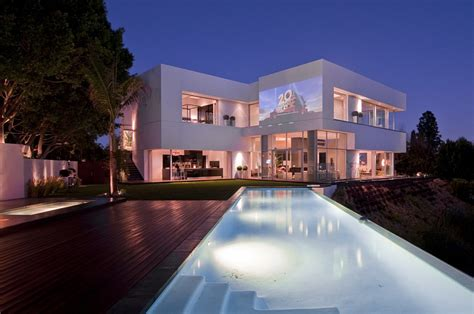 spectacular home  hollywood nightingale house