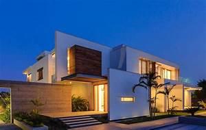 Modern, Farmhouse, By, Dada, Partners, In, New, Delhi, India