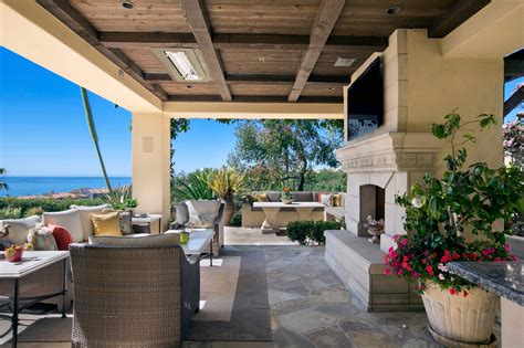 Outdoor Patio Design Ideas by 16 Beautiful Mediterranean Patio Designs That Will