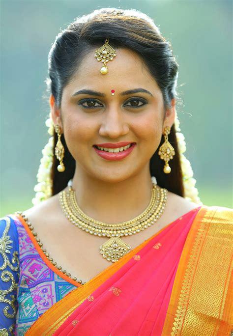 Mia George Cute Saree Stills At Unga Rambabu   Latest ...