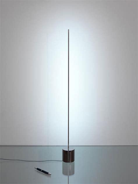led stab stehleuchte catellani smith light stick tavolo