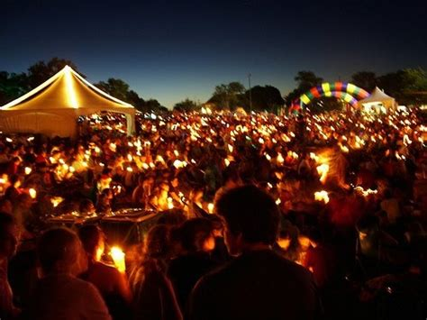 christmas traditions in australia facts carols by candlelight is an australian tradition that originated in southeastern
