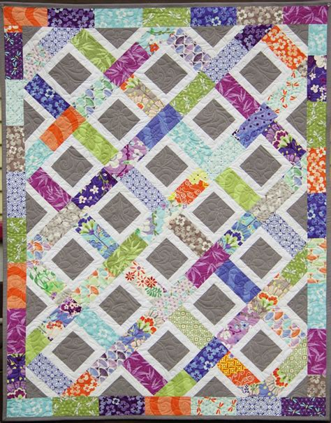 quilting at the ahhh quilting fortune charm quilt