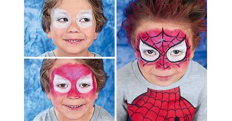 kinder schminken anleitung schminken in 3 einfachen schritten zum comic helden kindergeburtstag