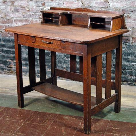 Antique Mission Style Desk  Antique Furniture. Nsu Help Desk. Children's Dining Table. Vintage Corner Desk. Standard Kitchen Cabinet Drawer Sizes. Drawer Dresser With Mirror. Edison Bulb Desk Lamp. Outdoor Storage Coffee Table. Trendy Desk Accessories
