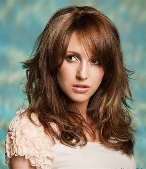 layered haircut thick hair shoulder length layered haircuts for thick curly hair 5898