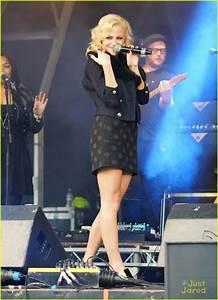 Pixie Lott: Poppy Appeal Concert! | Photo 505328 - Photo ...