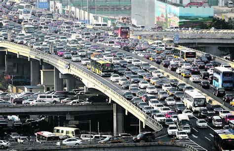 si馮e auto auto elettriche e inquinamento esperti si dividono e ue e italia si muovono in una direzione
