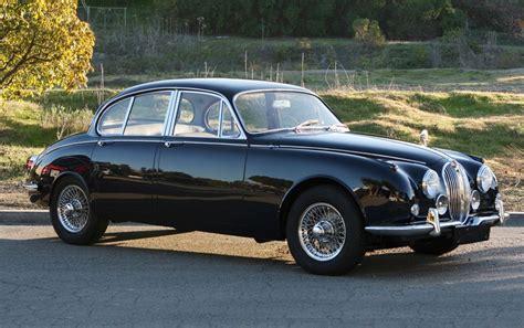 Antique Jaguar Car. (just Like Mrs. B. Next Door Had When