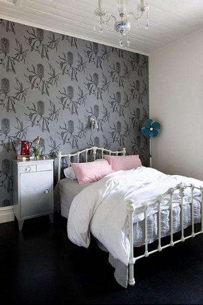 tapisserie de chambre a coucher papier peint de chambre 224 coucher ou comment dynamiser la
