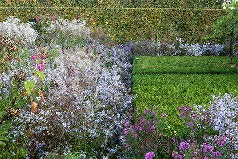 Le Jardin Plume Le Jardin D'automne  Autumn Garden Le