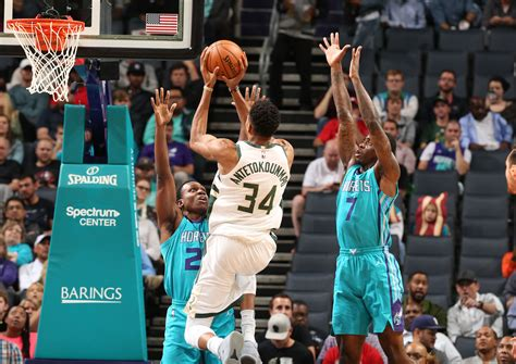milwaukee bucks fall to hornets 126 121 fox6now four takeaways from the hornets third