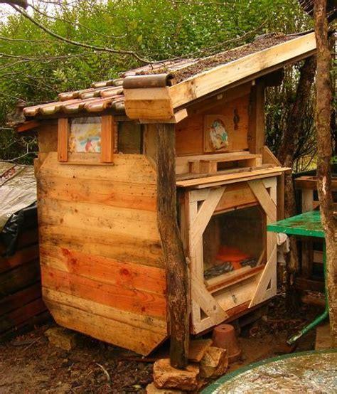 cabane exterieure pour chat chauffage ecolo pour chats dans une cabane en bois corde