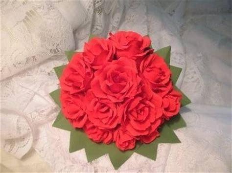 fiori di carta crespa come realizzarli Fiori di carta