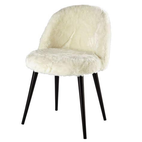 chaise fourrure chaise vintage fausse fourrure ivoire et bouleau massif