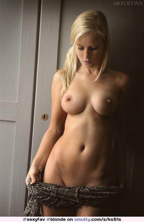 Blonde Roundboobs Roundtits Undressing Beautiful
