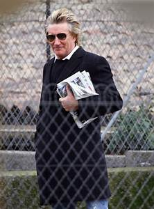 Rod Stewart Aviator Sunglasses - Rod Stewart Looks ...