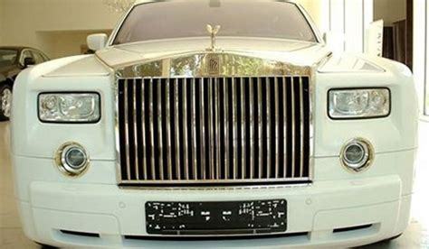 plated rolls royce 8 million gold plated armored rolls royce phantom lwb