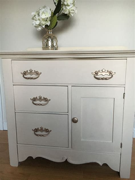 vintage commode refinished in country chic paint cheesecake my favorite color s