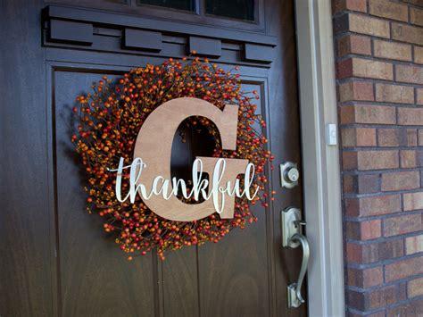 diy thankful monogram fall wreath craftcutscom